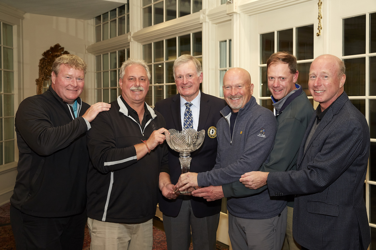Inaugural Champions Magyar Bank with Bill Frese, President – NJSGA (third from left) and Chris Martin, CEO – Provident Bank (third from right). PHOTOS: ROBERT WALKER