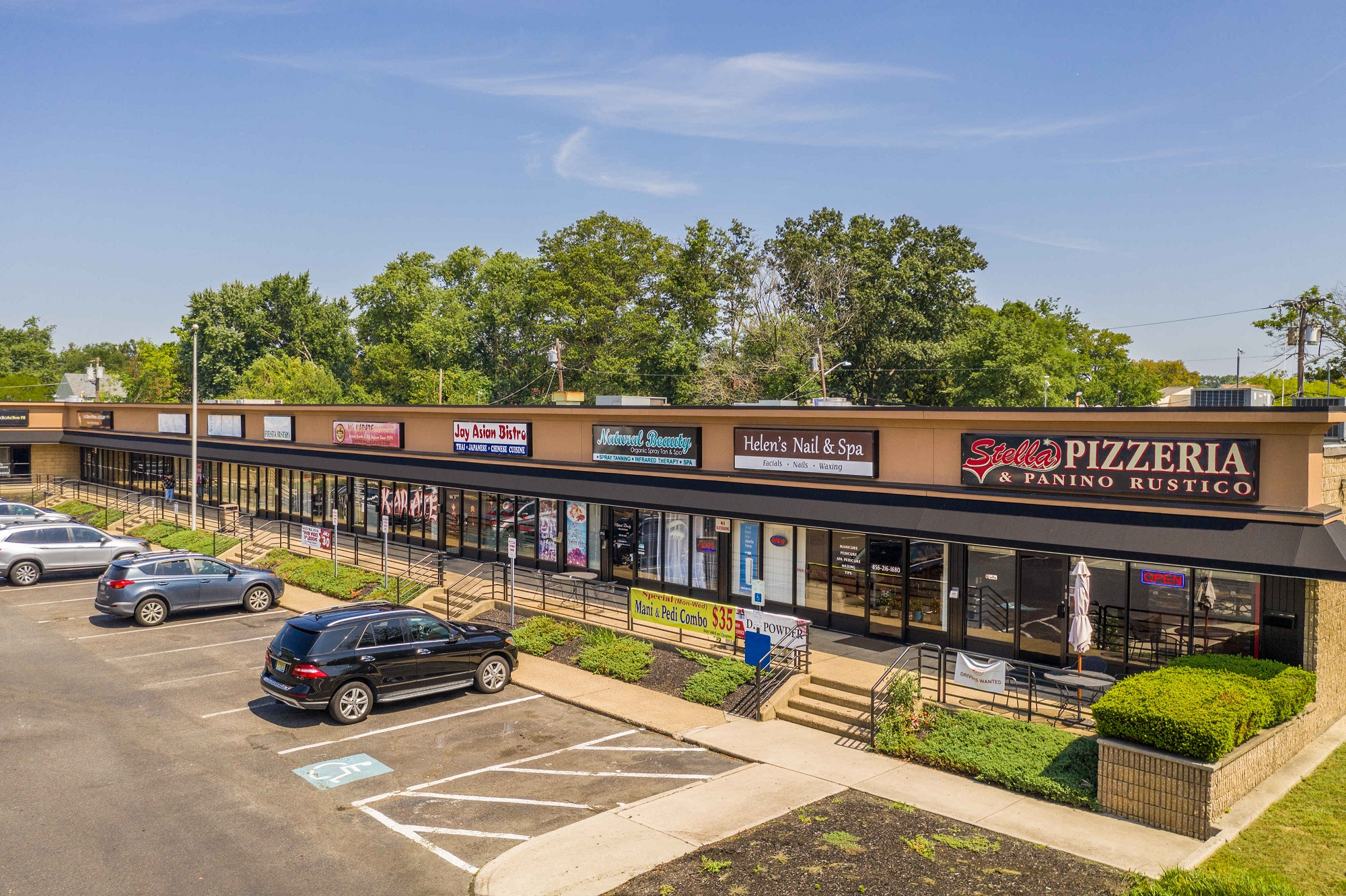 Centrum Shoppes, 219 Haddonfield-Berlin Road, Cherry Hill-VANTAGE RES